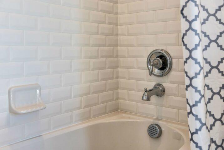 Moldy Caulk in a Bathtub